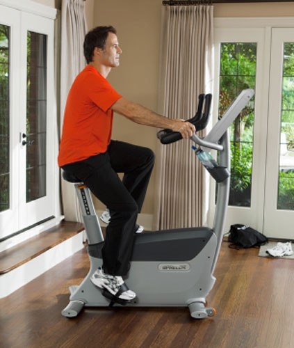 Precor UBK-835 Upright Bike